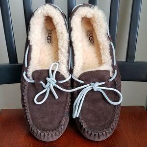 UGG Dakota Mocassin Slippers, Size 10